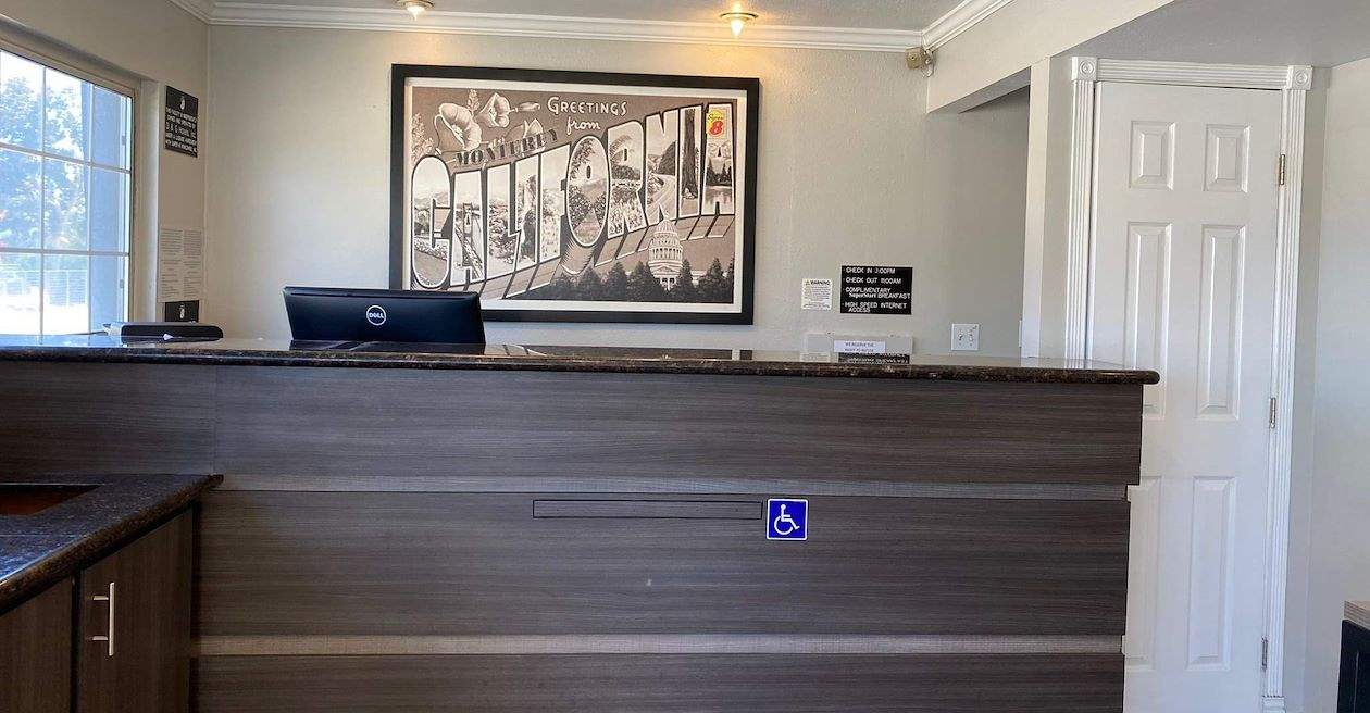 Super 8 by Wyndham Monterey Hotel, California Services
